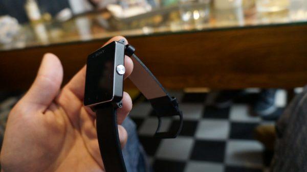 sony-xperia-z-ultra-smartwatch-2-bilder-19