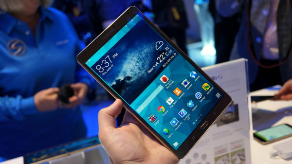 Hands-on med Samsungs slimmade 2k-plattor: Galaxy Tab S 8.4 & 10.5