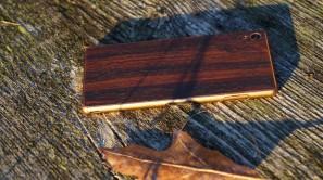 sony-xperia-z3-dbrand-skin-mahogany-10