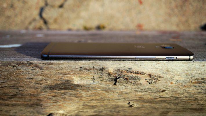 Vi testar OnePlus 3T – hur mycket snabbare är telefonen än sin föregångare?