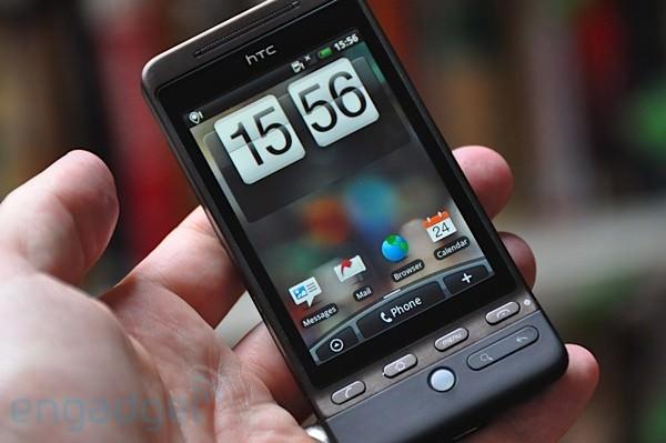 HTC Hero - Engadget