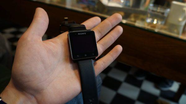 sony-xperia-z-ultra-smartwatch-2-bilder-17