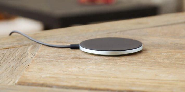 Oppo går med i Wireless Power Consortium, framtida telefoner