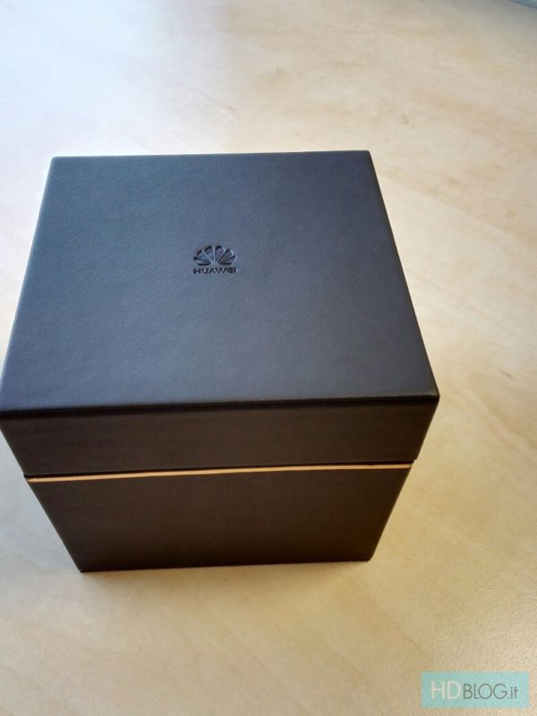 huawei-watch-forpackning-3