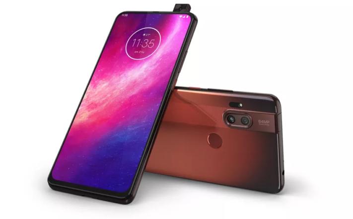 Motorola lanserar One Hyper med popup-kamera
